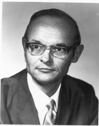 President Robert G. Layer, 1971 - 1972